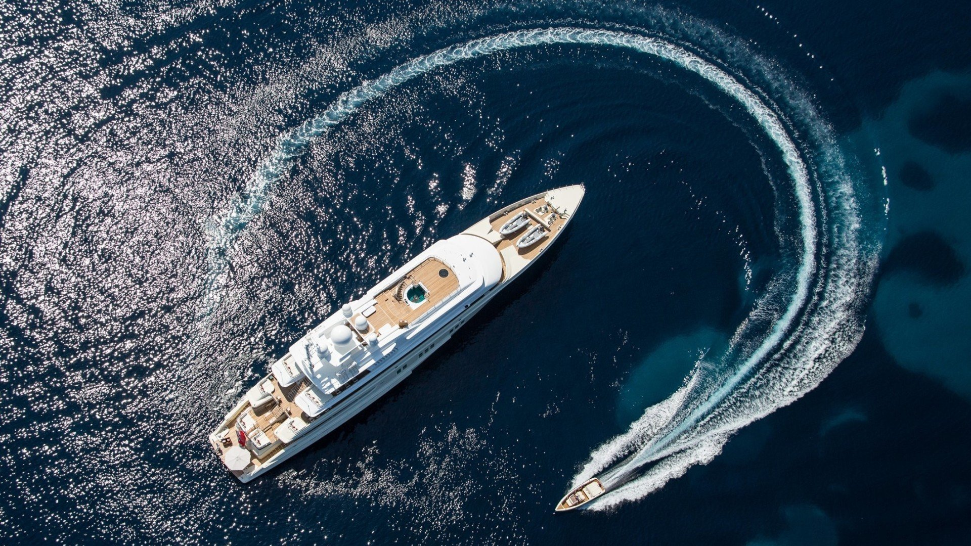 booster-monaco-yacht-show-graceful1