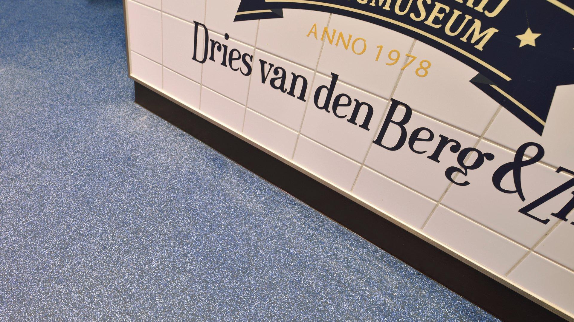 Palingrokerij Dries van den Berg Harderwijk Bolidtop 700