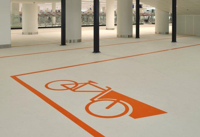 Bike parking  Koningin Julianaplein Den Haag Boligrip 50R