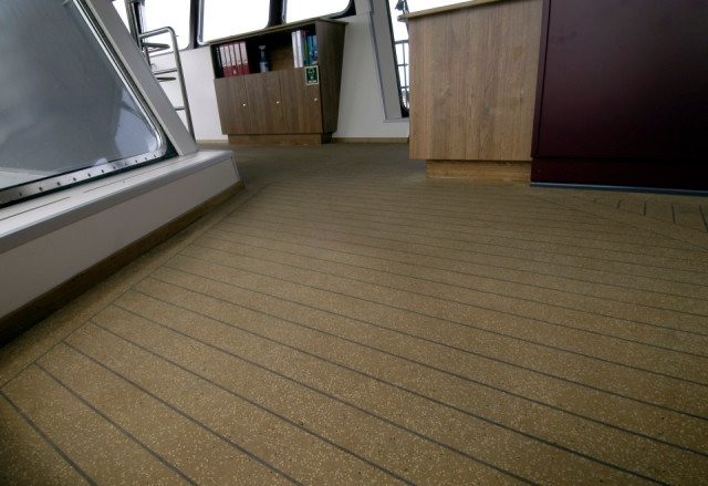 MV Oerd Autoveerboot Ameland-Holwerd Bolideck Select Teak Effect