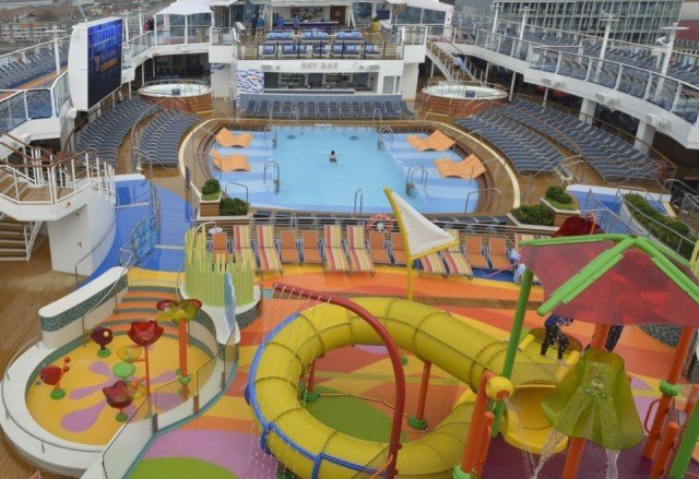 Ovation of the Seas Meyer Werft Bolideck Future Teak