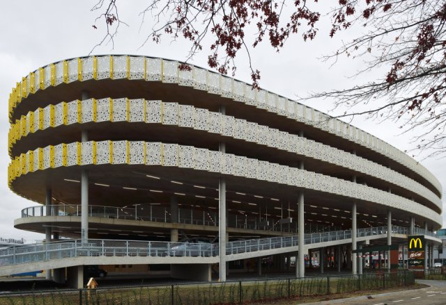 Parking Multi Purpose Building Eindhoven Airport Boligrip