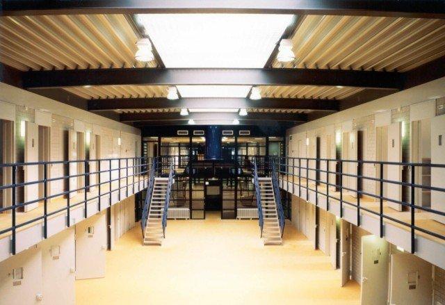 Penitentiaire Inrichting Dordrecht Bolidtop 525